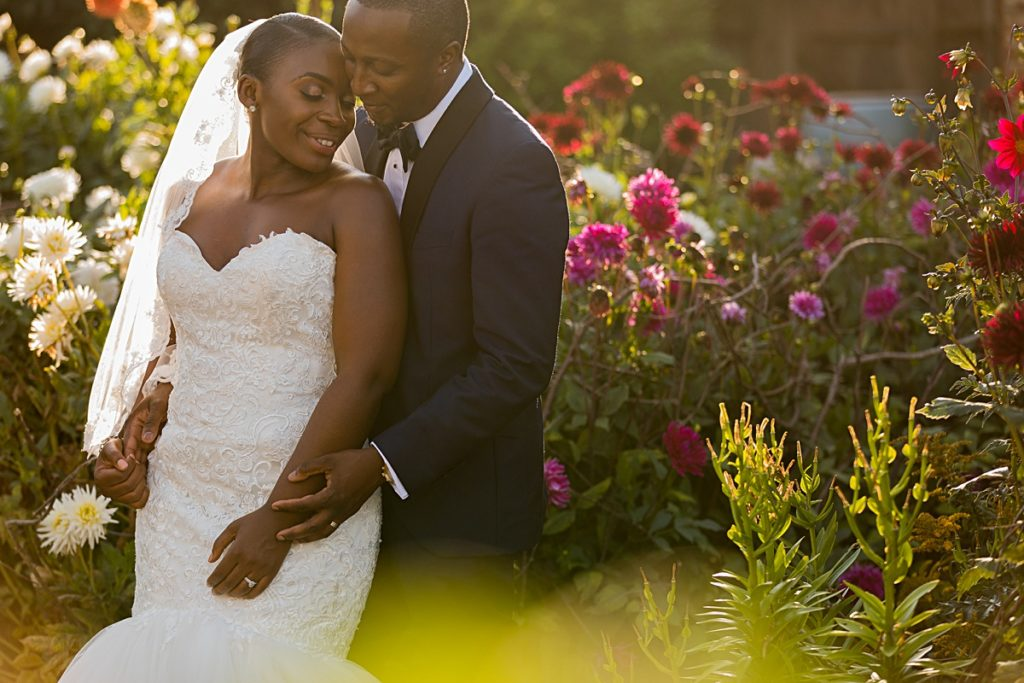 The Asylum Wedding Photographer, Finding a wedding photographer, Surrey & London Wedding photographer. Gate Street Barn Wedding Surrey